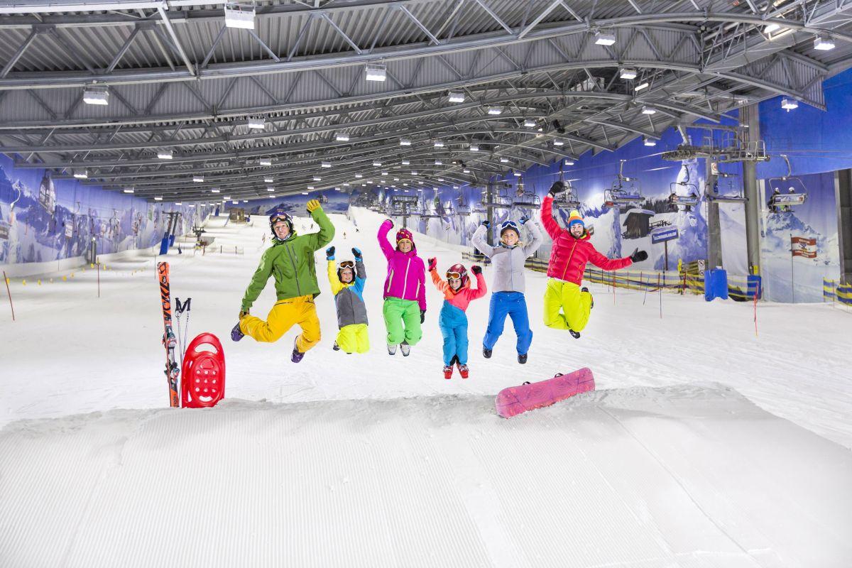 Bilder Skihalle Neuss Halloween.Schneespass In Der Jever Fun Skihalle Neuss Alpenpark Neuss Nrw Parks De