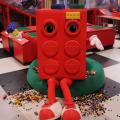 499.001, 499.002, 499.003… - Steininventur im großen LEGO Indoor Spielplatz