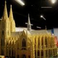 Der Kölner Dom steht jetzt in Oberhausen